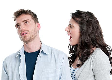 Почему мужа раздражает жена? фото