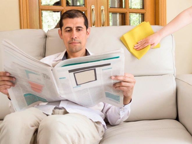 Почему муж не помогает по хозяйству? фото