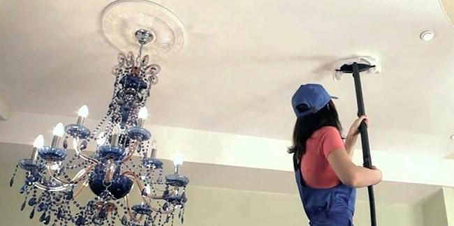 Как правильно ухаживать за натяжными потолками? - фото