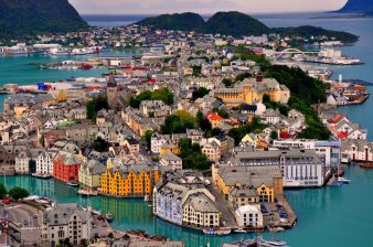 norway-alesund-1024x679