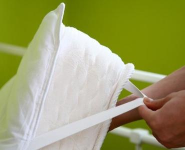 Можно ли стирать наматрасник в стиральной машине? фото