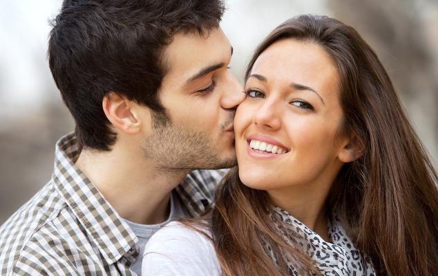Как завоевать мужчину Рака, если он женат? фото