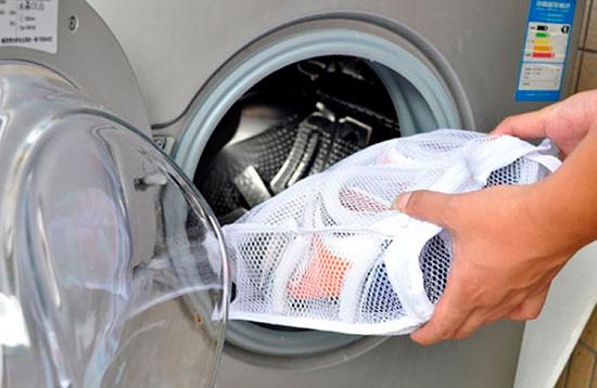 Можно ли стирать туфли в стиральной машине? фото