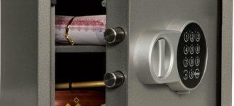 Как открыть сейф без ключа? фото