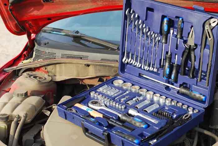 Какие инструменты нужны для ремонта автомобиля? фото