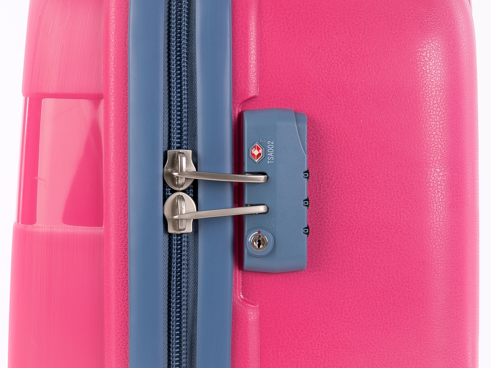 Как открыть чемодан без ключа? фото