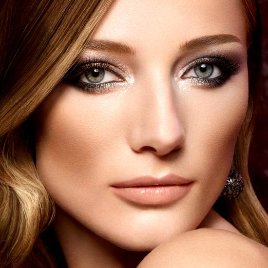 Как подобрать макияж к платью? фото
