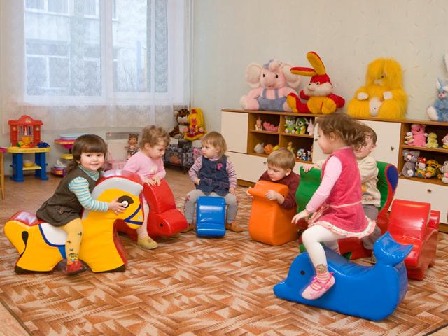Как выбрать одежду для детского сада? фото