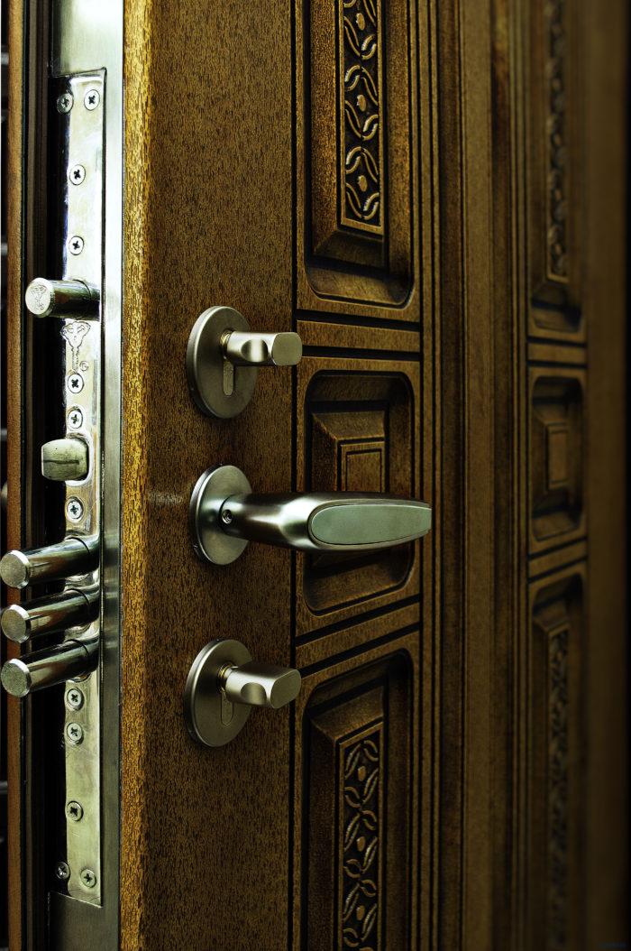 Как выбрать бронированные двери? фото
