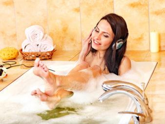 Можно ли купаться в ванной при месячных? фото