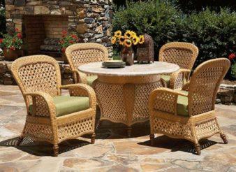 Из какого материала садовая мебель лучше? фото