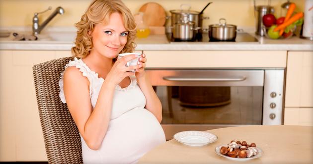 Можно ли пить мяту во время беременности? фото