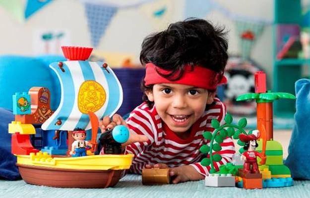 Как выбрать игрушки для мальчиков 7 9 лет? фото