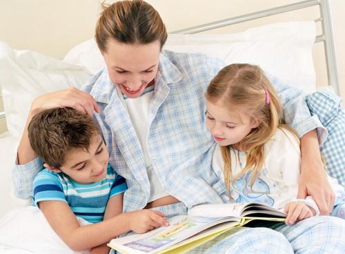 Почему детям нужно читать сказки? фото