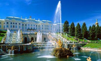 Почему стоит поехать в Санкт Петербург? фото