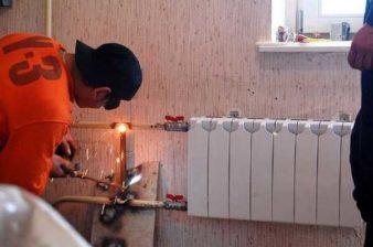 Как заменить батарею отопления? фото