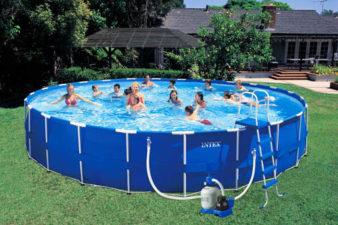 Какой бассейн лучше купить на дачу? фото