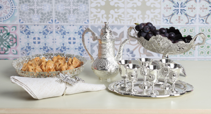 Чем полезна серебряная посуда? фото