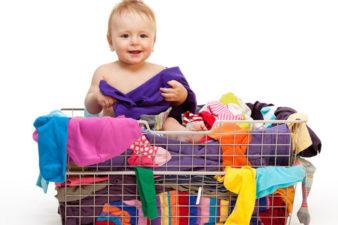 Как правильно выбрать детскую одежду б/у? фото