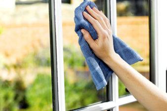 Чем мыть окна в домашних условиях без разводов? фото