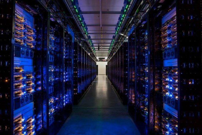 Photo management server software Server Virtualization Software vSphere VMware
