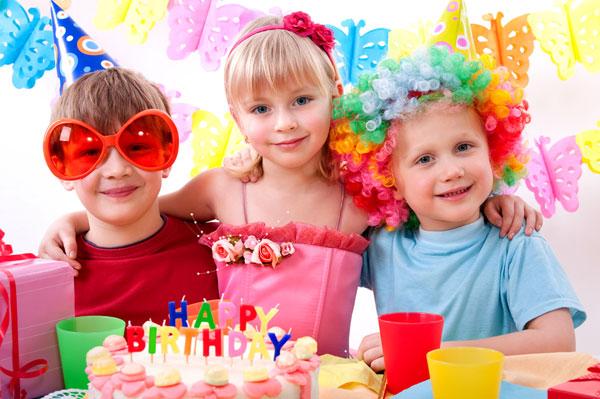 Как развлечь детей на празднике? фото
