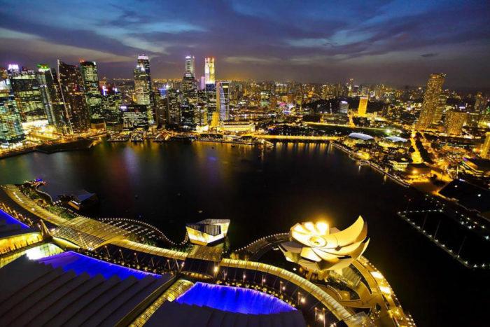 Почему стоит поехать в Сингапур? фото