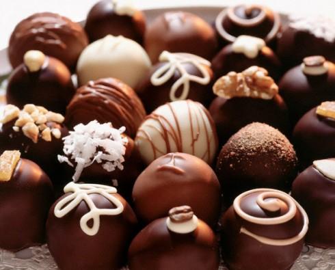 Как приготовить шоколадные конфеты в домашних условиях? фото