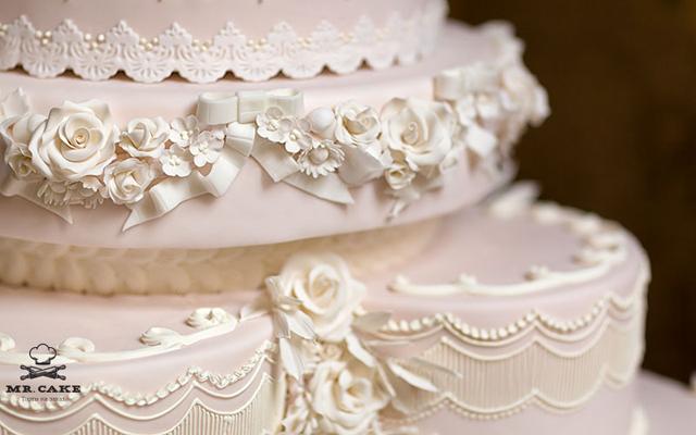 Красивый свадебный торт