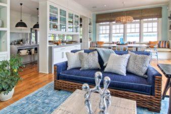 Beach-Style-Living-Room-2